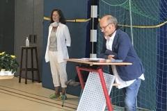 Schulleiter Laubenthal begrüßt die Neuen (Mittel)